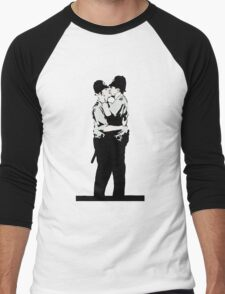 Kissing Coppers Men's Baseball ¾ T-Shirt