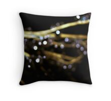 temperate stipple Throw Pillow