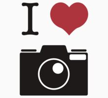 I Heart Camera no Label Kids Tee