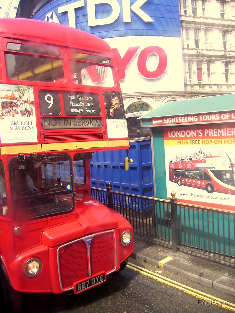 London bus by BrigiBano