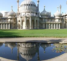 Brighton Royal Pavilion  by mikebov
