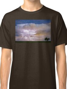 Dancing Thunderstorm Cell On The Horizon Classic T-Shirt