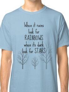 Life quote shirt - When it rains Classic T-Shirt