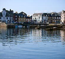 Millport Greater Cumbrae by AlexSaunders