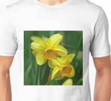 Glorious Yellow & Orange Daffodil Unisex T-Shirt
