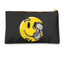 Smiley face skull Studio Pouch