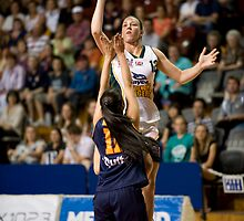 Alison Downie shooting over Angela Marino by Mark Prior