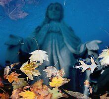 Mary Reflecting by Daniel Owens