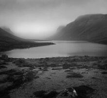 Loch Avon Cloudbase by Richard  Bracken
