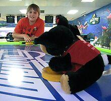 RnR Bowling w Zac ... games of airhockey 2 by georgiegirl