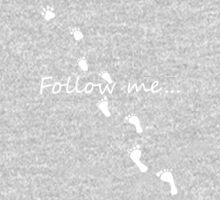 follow me (on black) Kids Tee