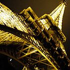 Tour De Eiffel by gracelace