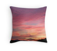 Mt washington sun rise Throw Pillow