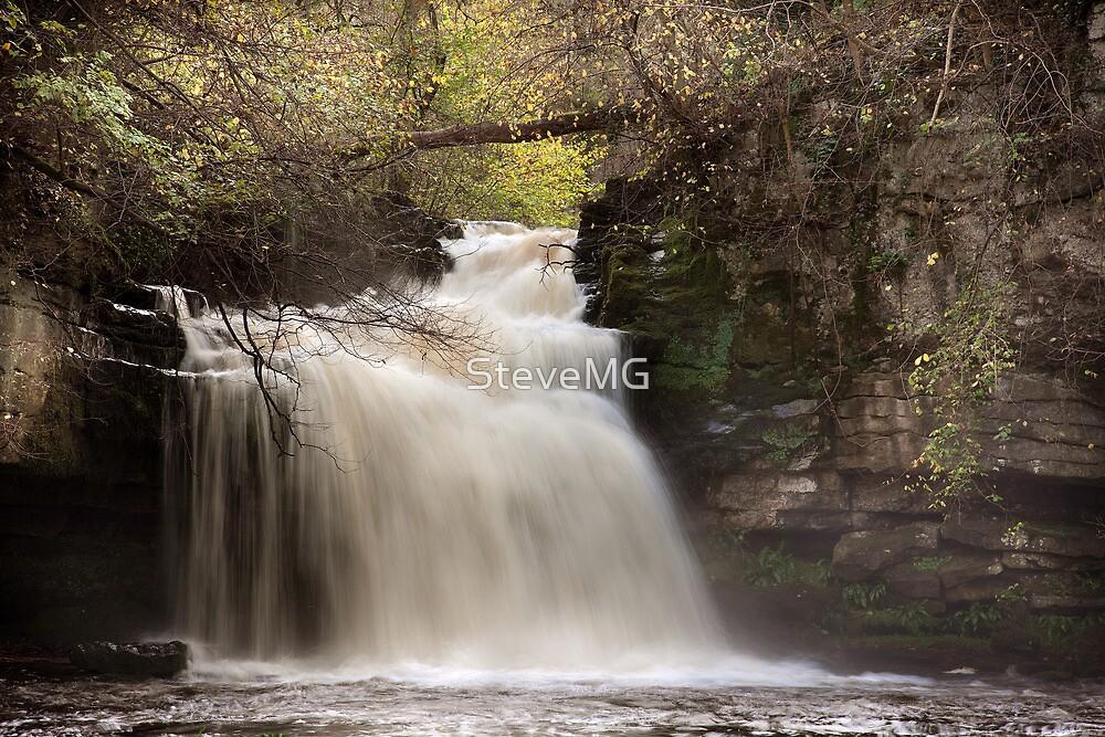 Cauldron Falls - Autumn by SteveMG