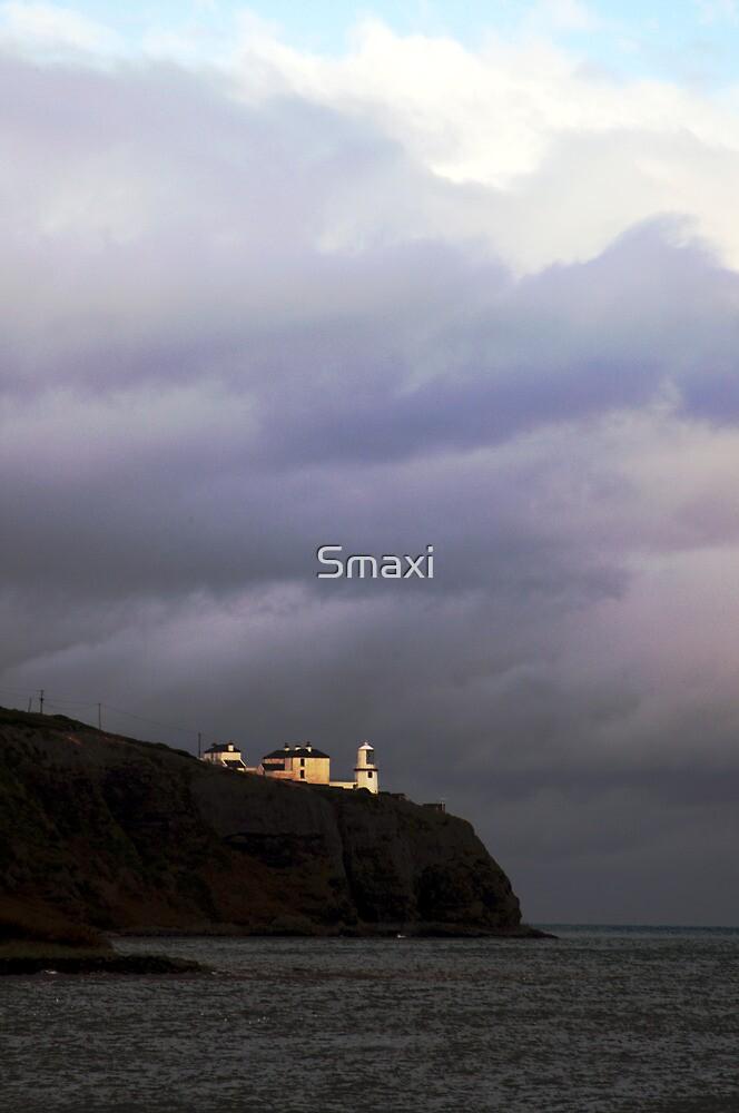 Blackhead Lighthouse by Smaxi