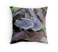 Grey amongst the leaves Throw Pillow