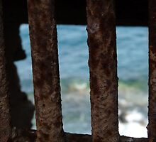 """What can the prisoner see exactly?""""Solved"""" in 3 by Pix-Elation! by HELUA"""