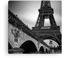 Tour de Eiffel Canvas Print
