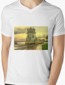 Torre de Belém.... Mens V-Neck T-Shirt