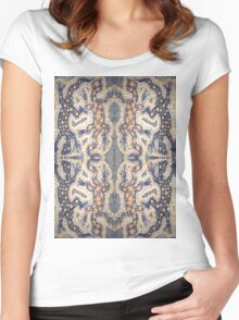 Aboriginal Reptile Women's Fitted Scoop T-Shirt