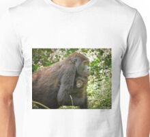 mother with baby mountain gorilla Unisex T-Shirt