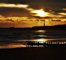 Sunrise At Aberdeen,Scotland. by Gary Buchan
