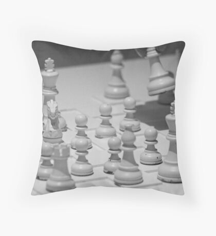 Who Wins? Throw Pillow