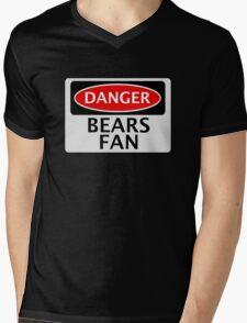 DANGER BEARS FAN FAKE FUNNY SAFETY SIGN SIGNAGE Mens V-Neck T-Shirt