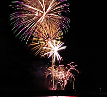 Shellharbour City Council 150th Anniversary fireworks by Stephen Jarrett