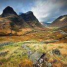 Scotland : Shadow of Glencoe by Angie Latham