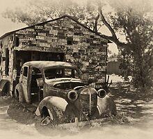 Gwalia Garage by Peter Hodgson