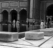 Jama Masjid - Delhi India by Miriam  Wallace