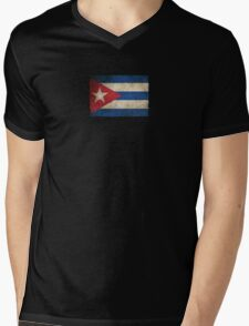 Old and Worn Distressed Vintage Flag of Cuba Mens V-Neck T-Shirt