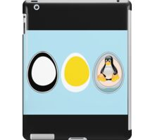 LINUX TUX  PENGUIN  3 EGGS iPad Case/Skin