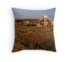 Cley, Norfolk Throw Pillow