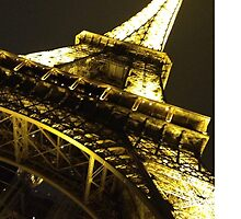 Eiffel Tower: Paris by katiekat13