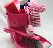 pink cleaning gear by portosabbia