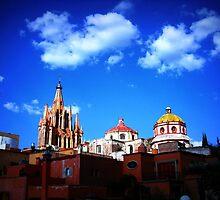 San Miguel de Allende by crowsoup