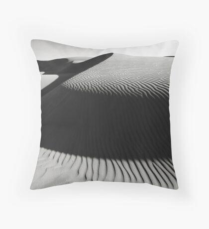 Oceano Dune Curves Throw Pillow