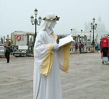 Street performer by Martina Fagan