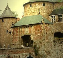 Belgian Castles ... Corroy - le - Château by Gilberte