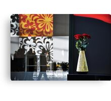 Style & Roses Canvas Print