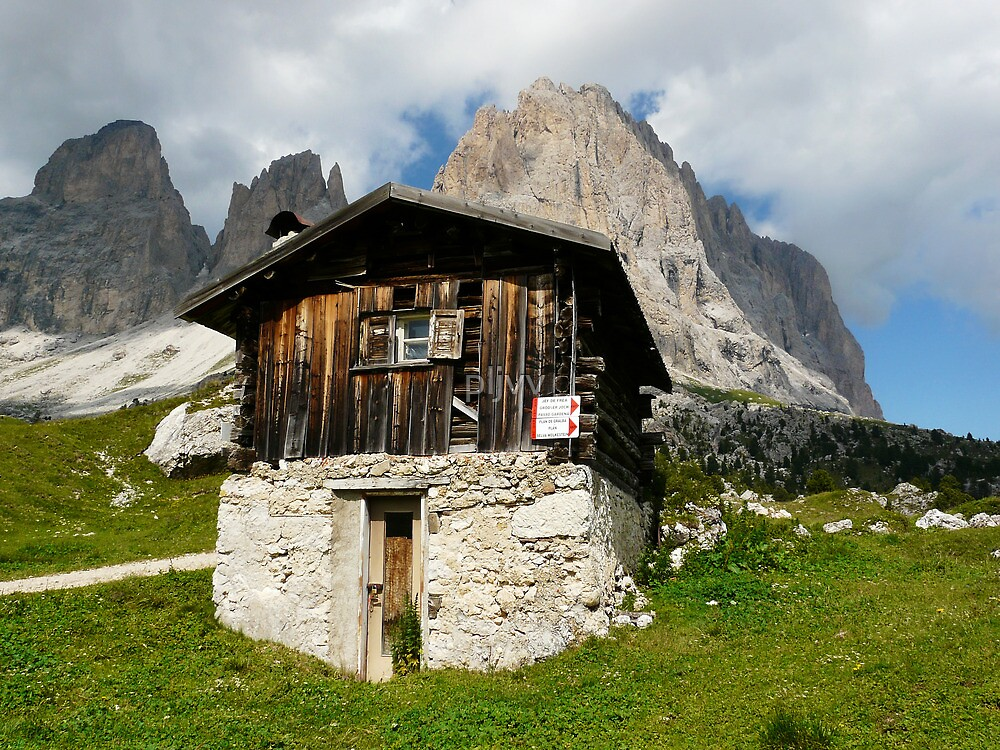 Hut in the Dolomites by pljvv