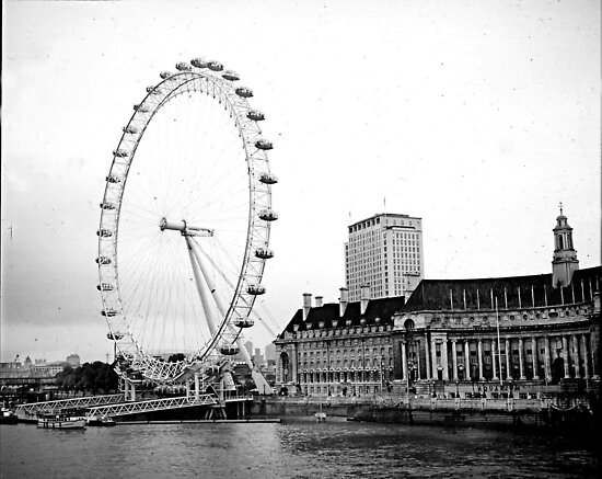 London Viewing Wheel 2000. by cjkuntze