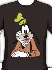 Goofy hand on chin nerd geek funny geeky T-Shirt