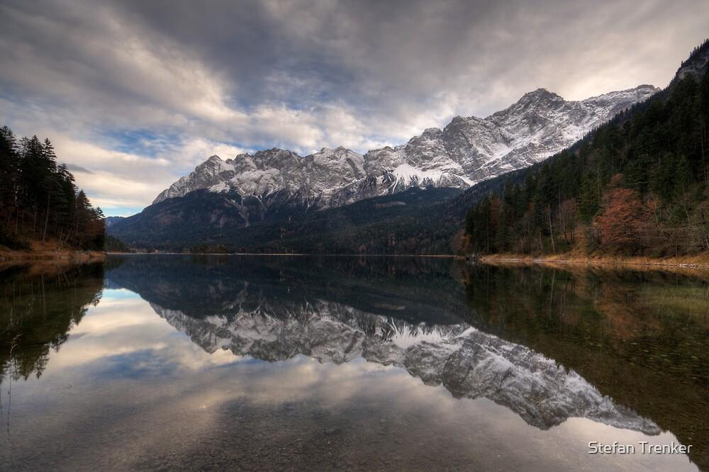 Mirrored by Stefan Trenker