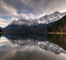 Mirrored by Stefan Trenker