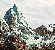 Everest by Jeff Lowe