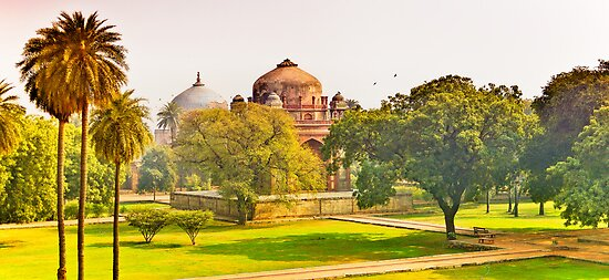 North India - Humayun's  tomb - New Delhi 4 by Geoffrey Thomas