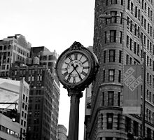 5th Avenue and the Flatiron Building by LP-D